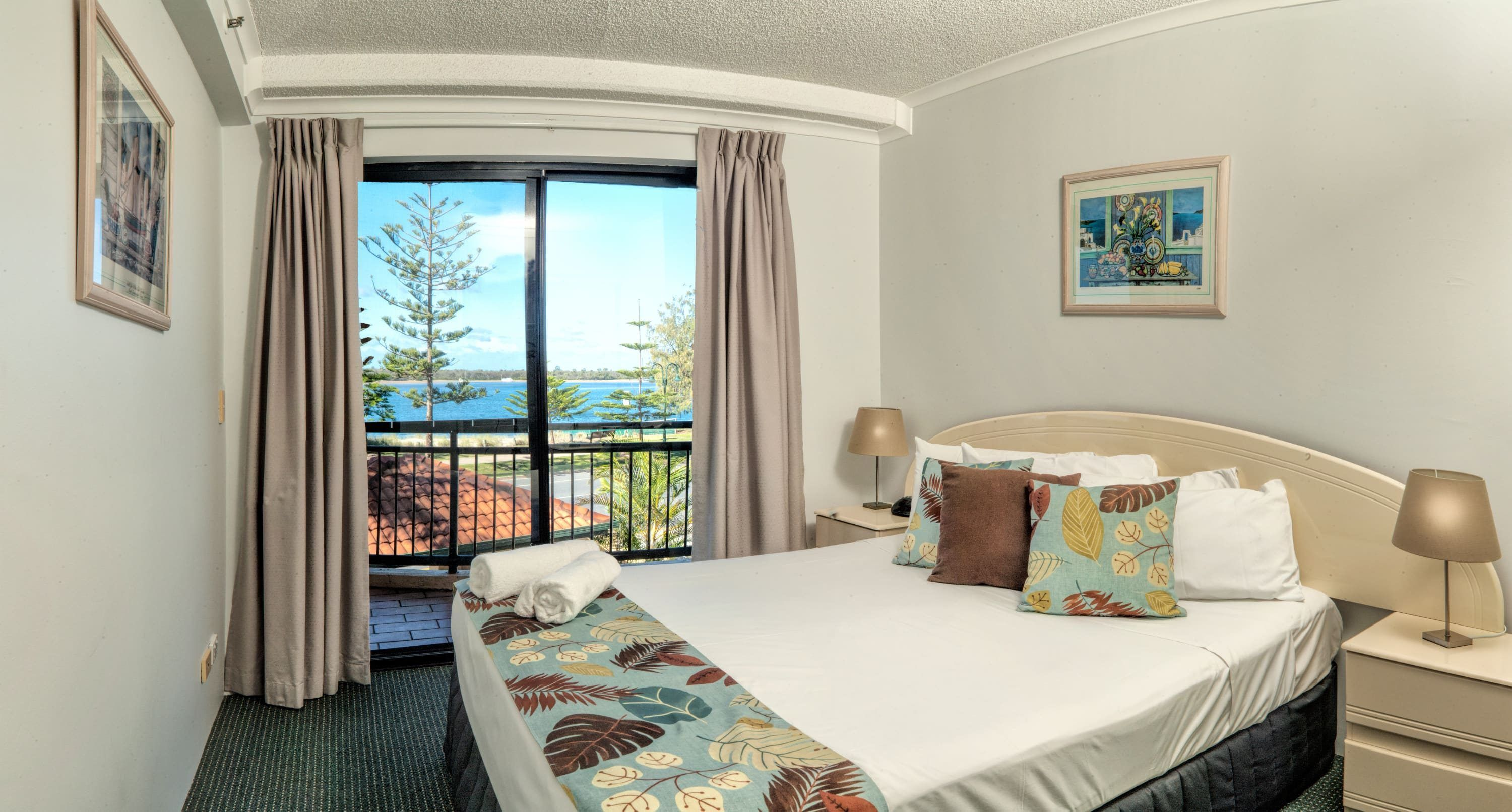 Northern Gold Coast Cheap Family Accommodation