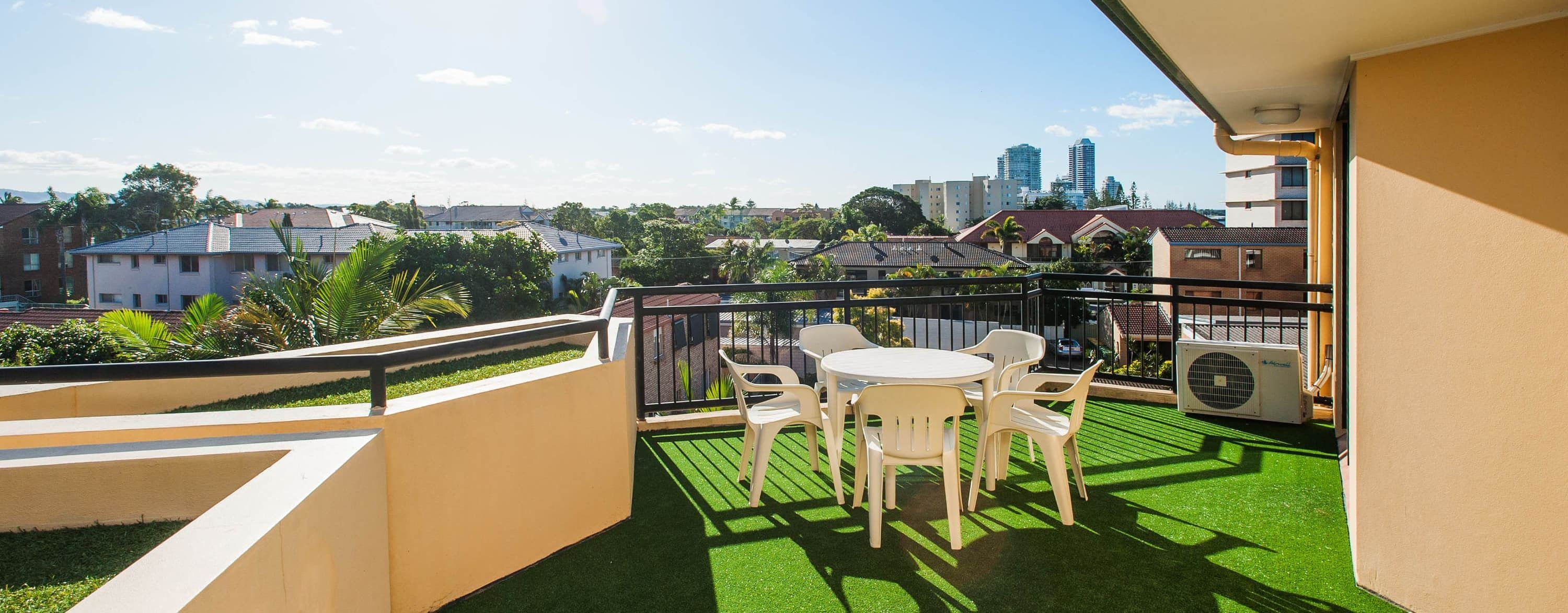 Accommodation near the Broadwater Parklands